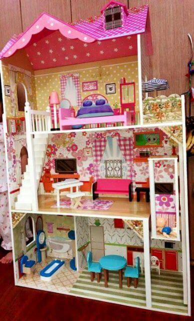 Grande Doll House